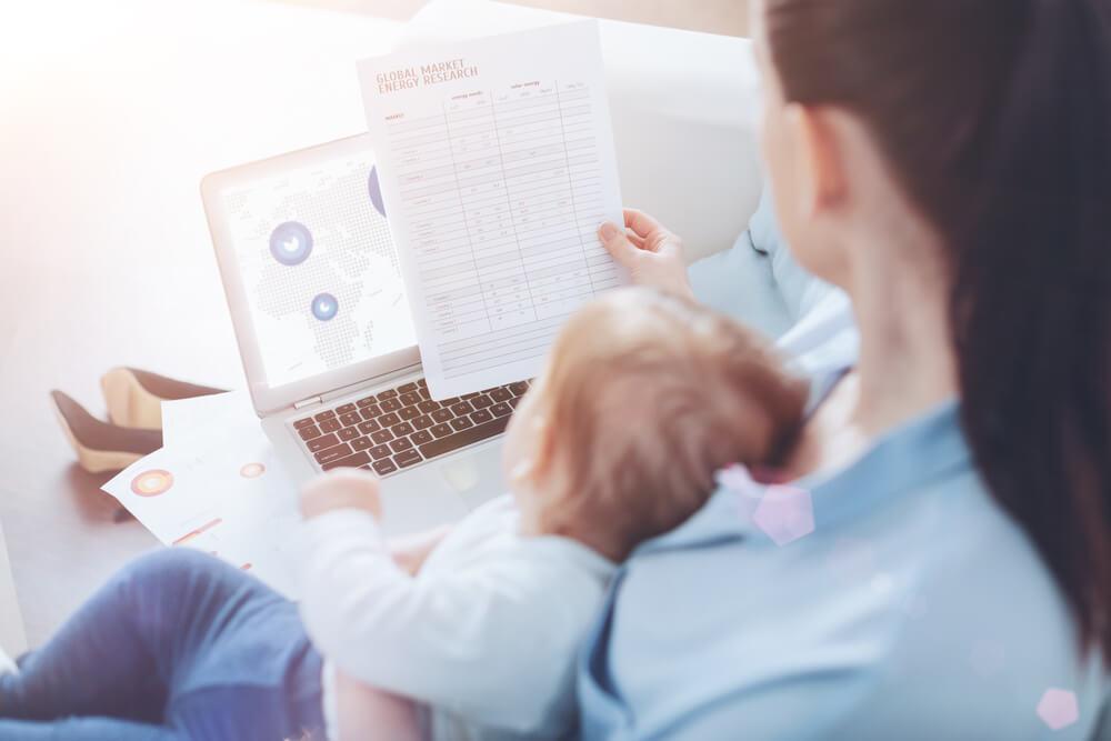 Кредиты для женщин в декрете онлайн в Уфе 1 предложен  взять кредит матери-одиночке в декретном отпуске наличными